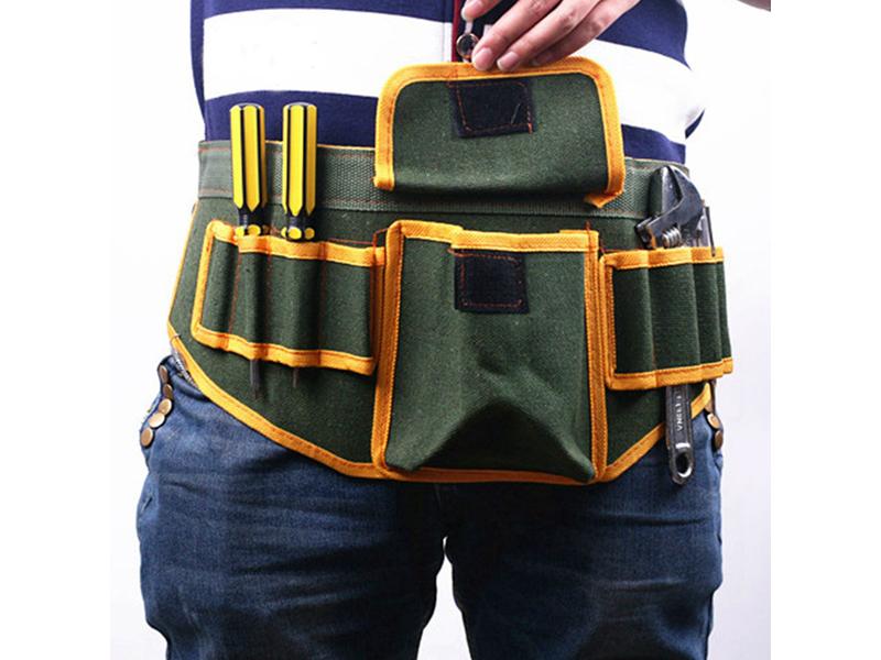 Высокое качество ткани позволит пользоваться поясной сумочкой много лет, а удобное расположение вырезов и кармашков поможет разместить массу инструментов и приспособлений для работы