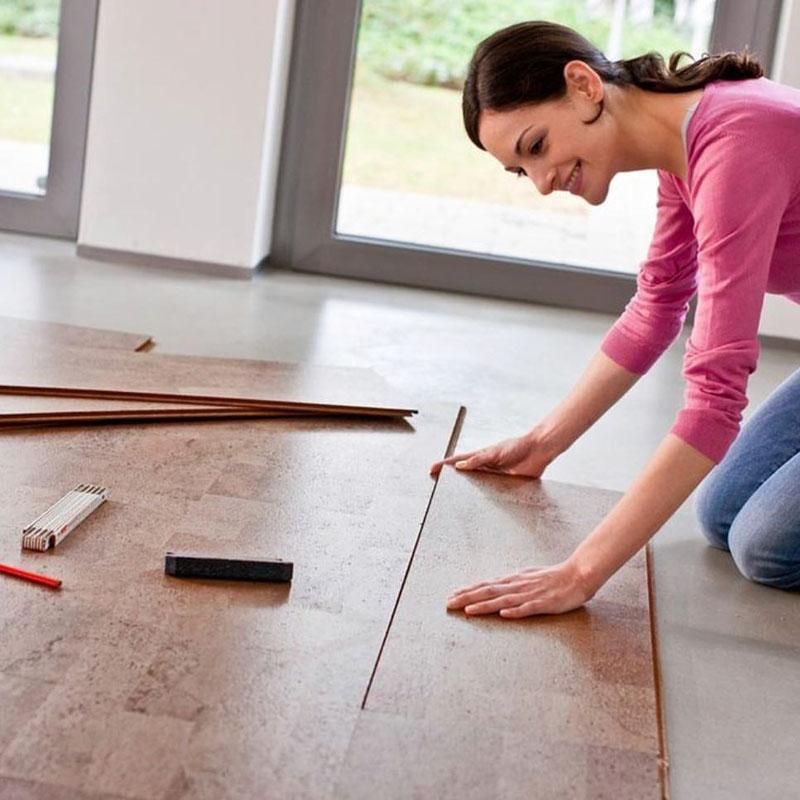 Укладка панелей выполняется довольно просто, справиться с ней может даже непрофессиональный мастер