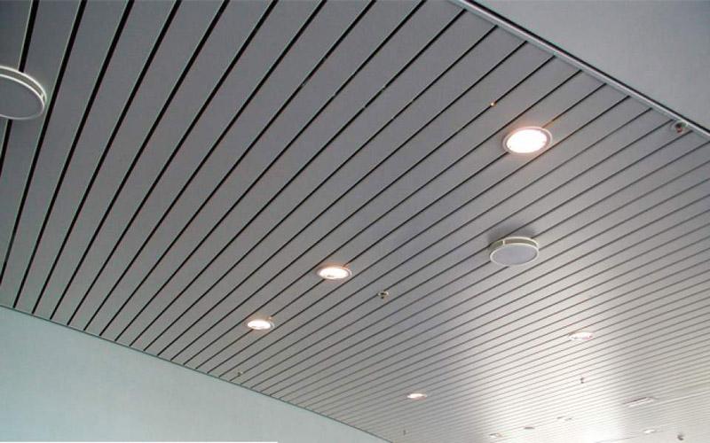 Реечный потолок «GEIPEL»