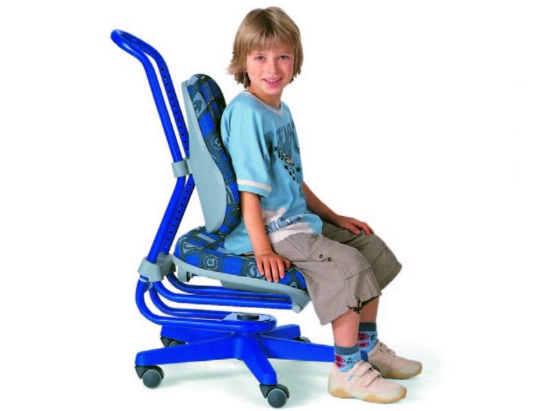 Можно заказать специальный ортопедический стул для детей с заболеваниями опорно-двигательного аппарата