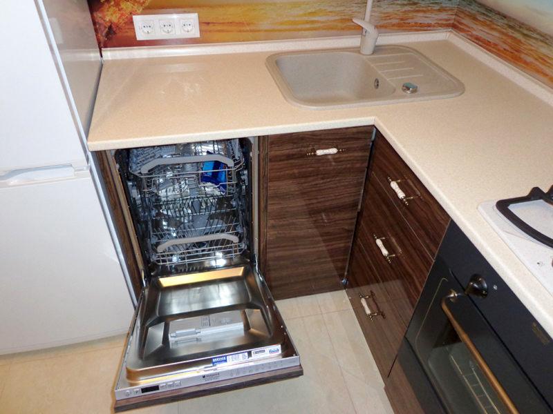Встроенная бытовая техника на кухню: идеи для малогабаритных квартир с реальными фото в интерьере