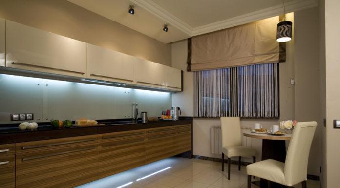 👌 Делаем интерьер маленькой кухни удобным: 10 полезных аксессуаров и лайфхаков
