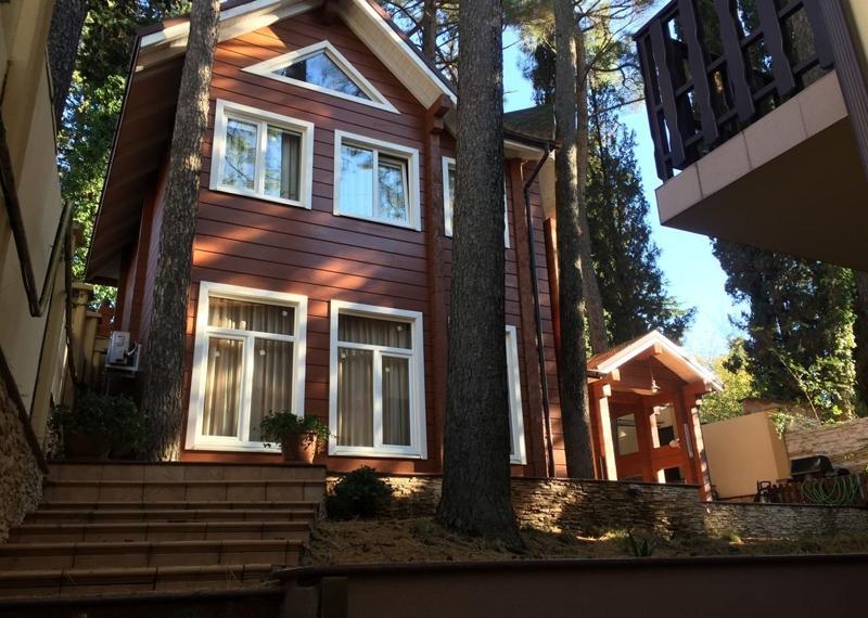 Деревянные дома – настоящая находка для территории с жарким климатом