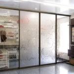 👷Маленькие секреты идеального выбора: фотопримеры зонирования квартиры с помощью стеклянных перегородок