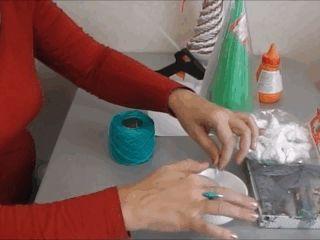 🎄 Как сделать за 30 минут своими руками уникальную ёлку из ниток и клея