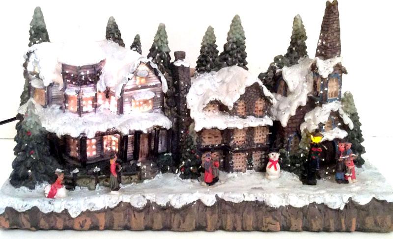 Домики становятся всё популярнее: часто заказывают даже миниатюрные копии оригинальных строений, чтобы украсить ими дом