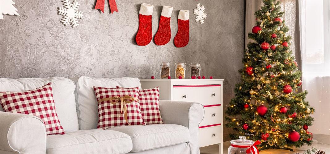 Как красиво украсить квартиру к Новому году