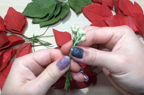 🎄 Как сделать новогодний венок своими руками: 15 необычных мастер-классов