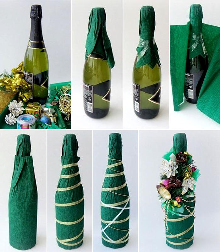 Чаще всего используется зеленый цвет, а также готовые украшения: бусы, искусственные цветы и елочные шишки