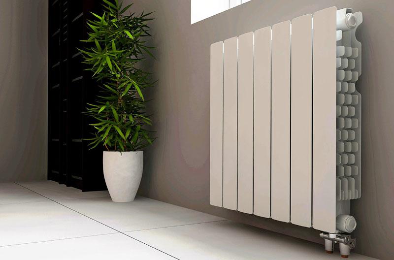Биметаллические радиаторы внешне очень похожи на алюминиевые