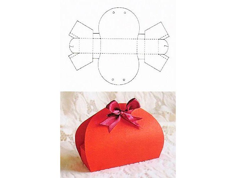 Фантазия поможет превратить лист бумаги или картона в достойный подарок