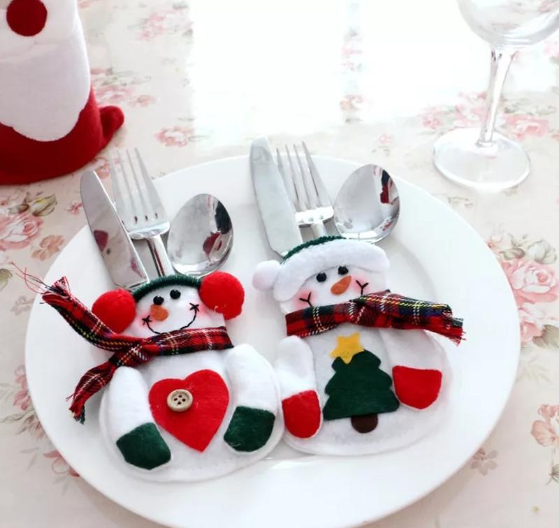 И никто не останется равнодушным, увидев вот таких забавных снеговиков у себя на тарелке