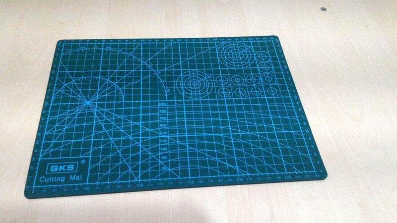 Самовосстанавливающийся коврик для скрапбукинга