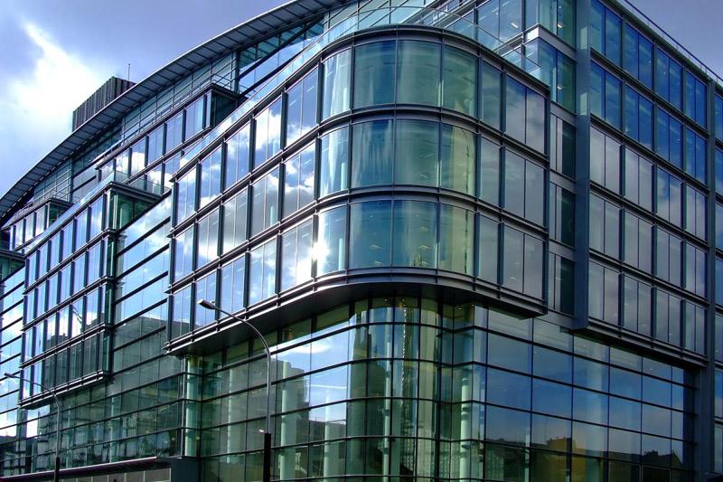Светоблокирующий стеклянный фасад