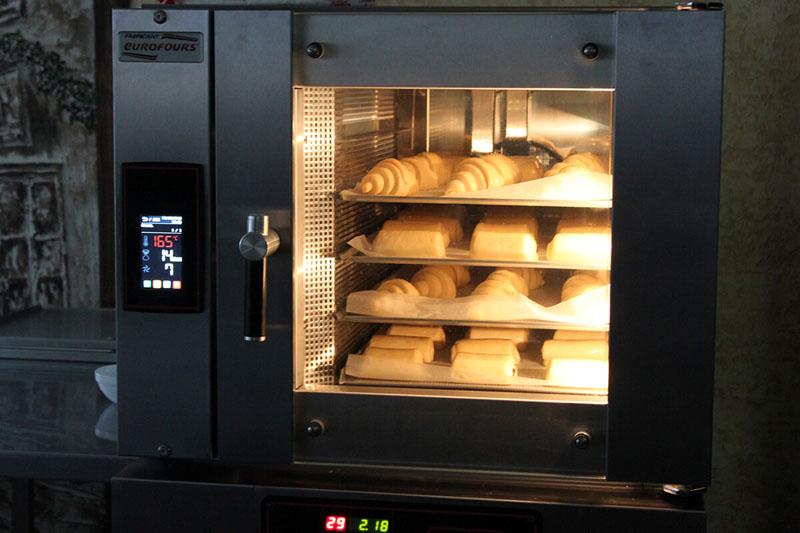 Печи требуют много электроэнергии, но без них в хлебопекарне никак