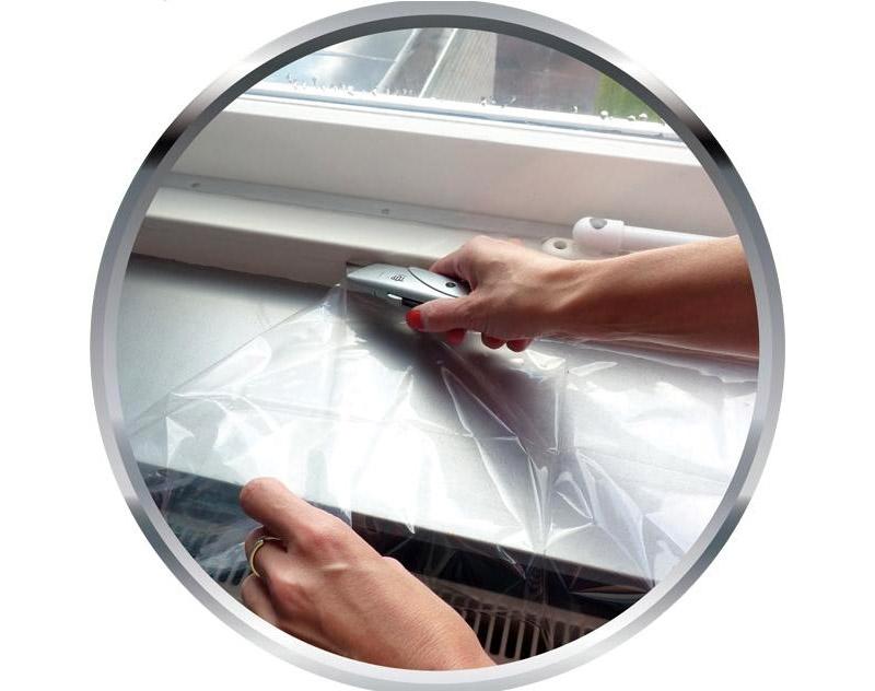 При использовании термоплёнки вам не нужны жалюзи, так как искусственное стекло непрозрачное