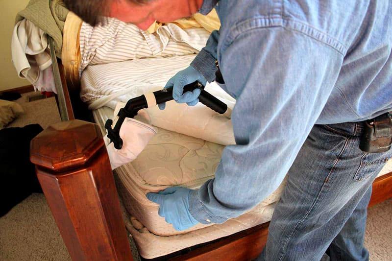 После обработки одежду тщательно перестирать