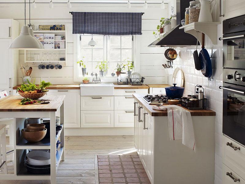 Добротная мебель белого цвета без излишеств чрезвычайно хороша!