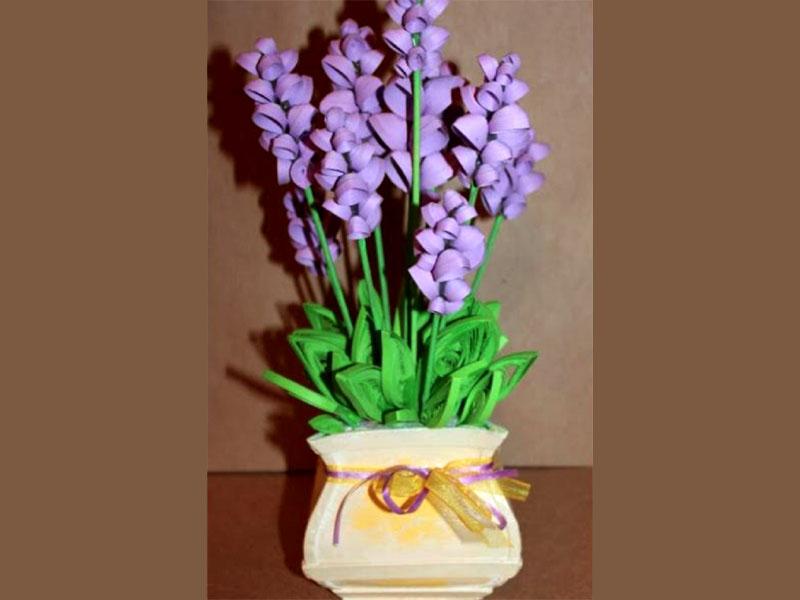 Идея оформления композиции в вазочке