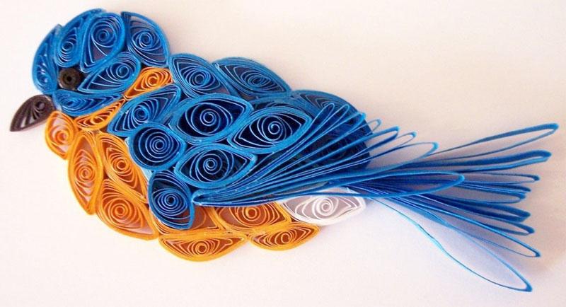 Дополнительно можно нарисовать для синички веточку и гнездо, в которое поместить маленьких птенчиков