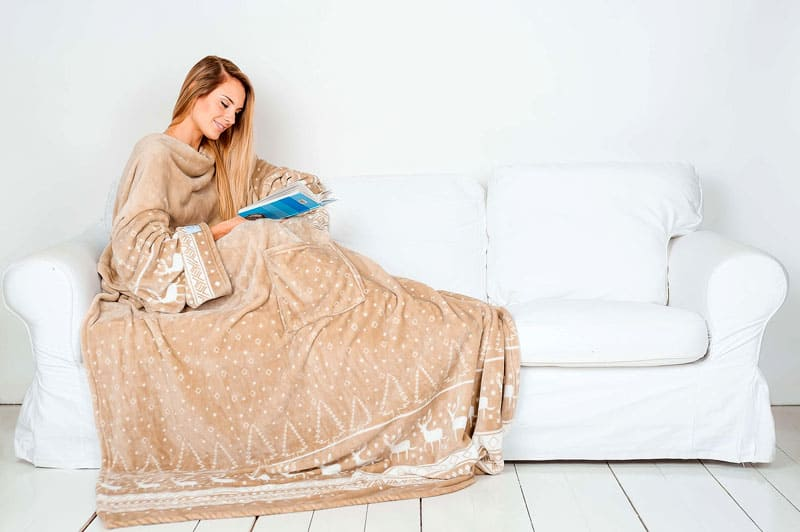 Обращайте внимание также и на состав ткани: полностью натуральные образцы брать не стоит, они могут быть менее носкими
