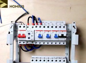 Верхний ряд автоматики собран – можно проводить испытания