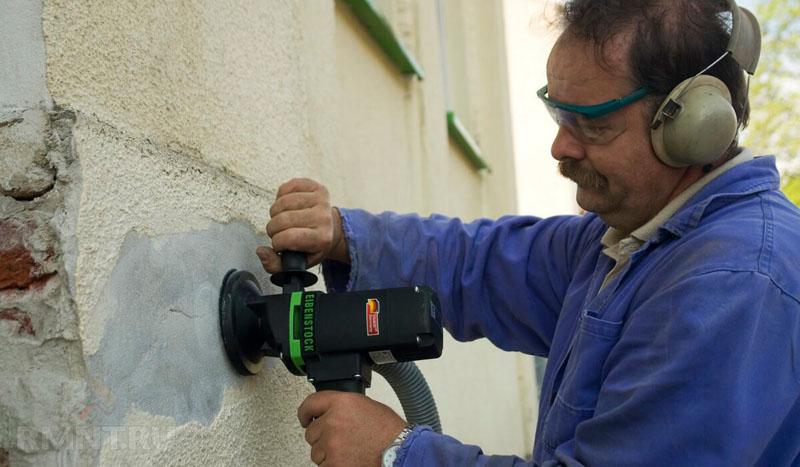 Шлифмашинка способна легко повредить фасад