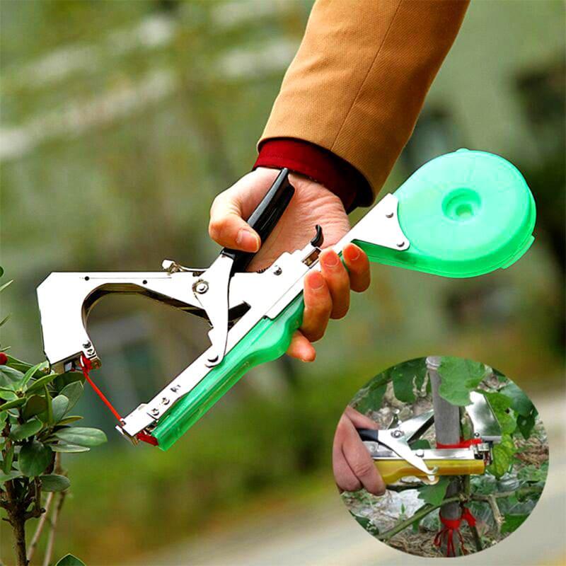 Скорость подвязки растений с этим приспособлением значительно выше, чем вручную
