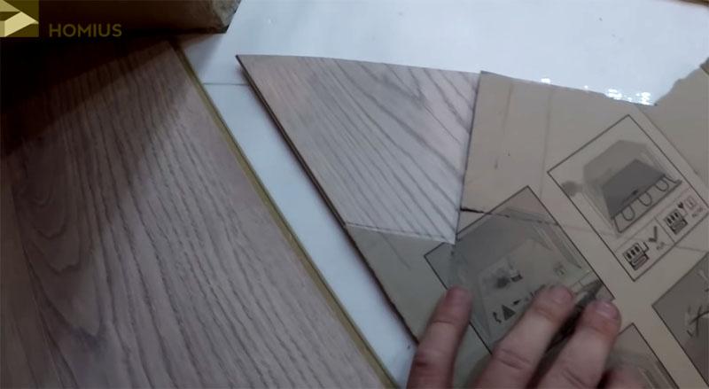 Разметка ламинированной панели для укладки в местах со сложной геометрией