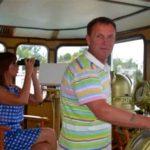 Дом на плаву Виктора Рыбина и Натальи Сенчуковой