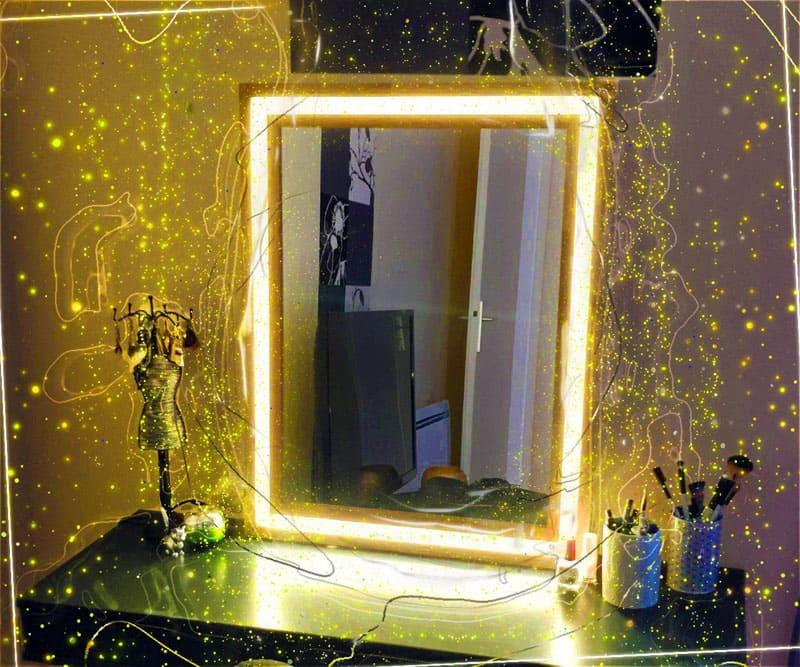 Как изготовить необыкновенное зеркало с подсветкой