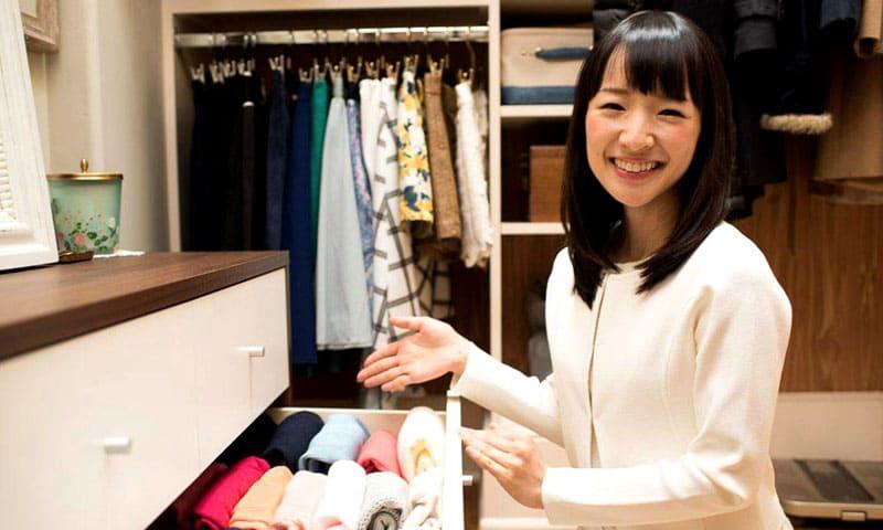 По японской традиции, возвращая вещь на место, нужно поблагодарить её за службу