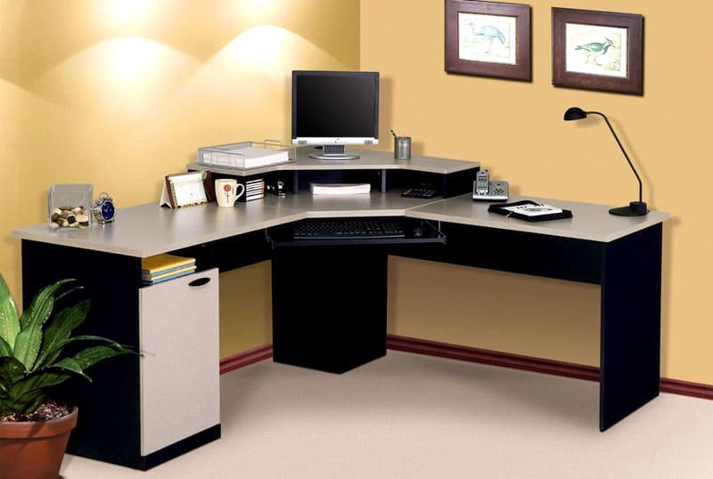 Недостаток углового стола заключается в высокой стоимости