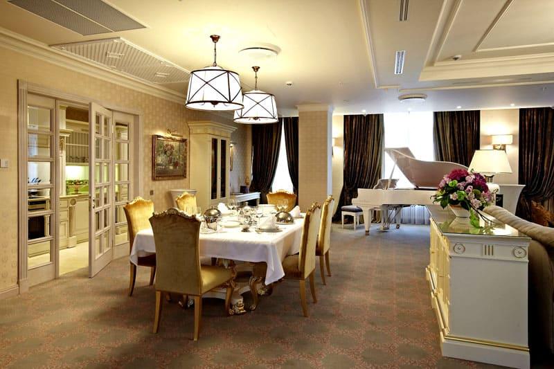 Роскошные апартаменты в жилом крыле гостиницы «Украина»