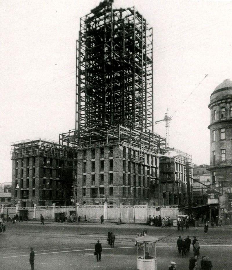 Строительство гостиницы «Ленинградская»