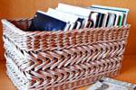 Корзина из газетных трубочек: эффектный подарок на все случаи жизни