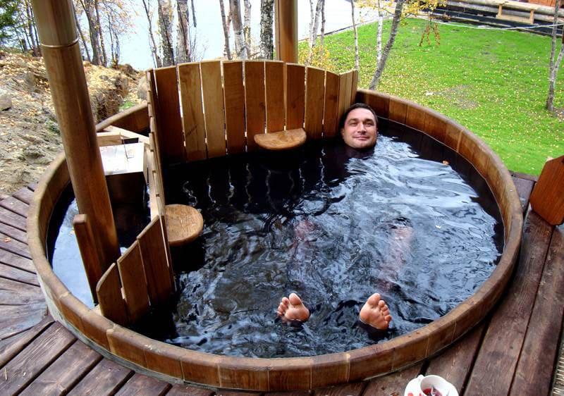Прекрасная возможность принять ванну на открытом воздухе