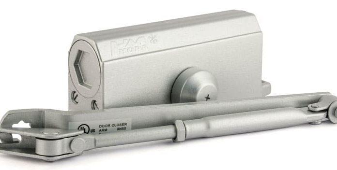 Доводчики для входных дверей: цена, устройство и особенности монтажа