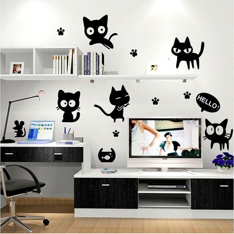 Забавные стикеры или наклейки на стены могут стать прекрасным дополнением к декору всей комнаты
