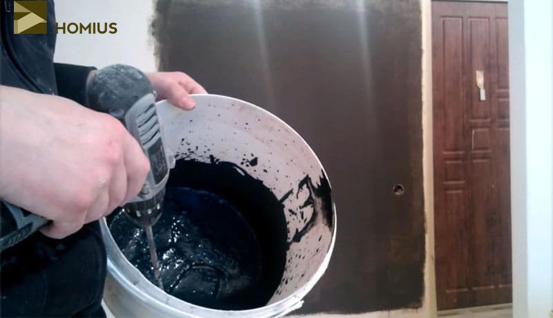Замешиваем графитовую краску аналогично металлизированной