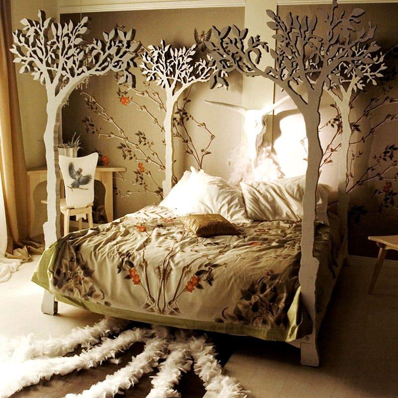 Такой чудо-лес будет интересно смотреть как в спальне, так и в детской