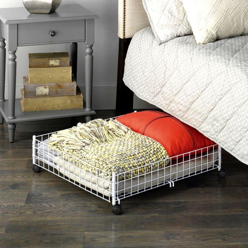 Самый простой выход – организовать вот такие выкатные независимые от кровати ящики