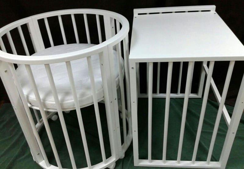 Пеленальный столик удобен в использовании