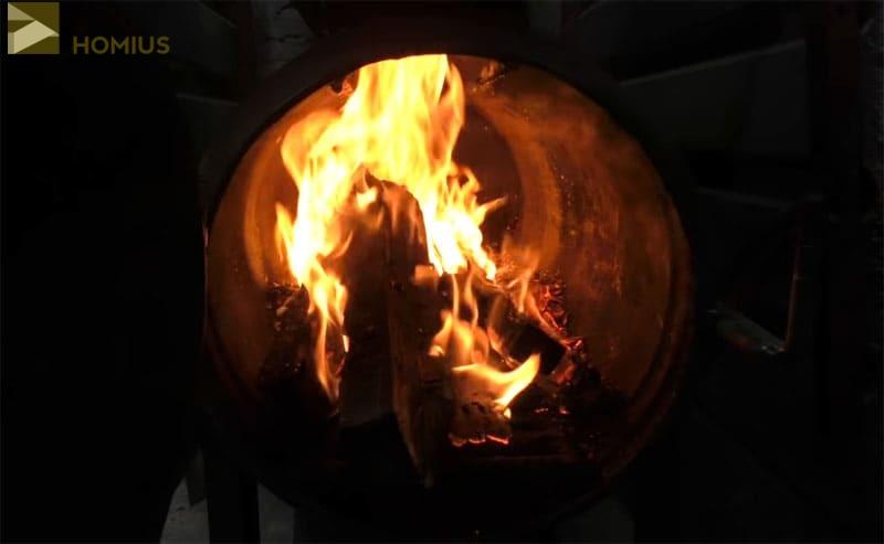 Первое тепло, полученное от буржуйки из двух газовых баллонов