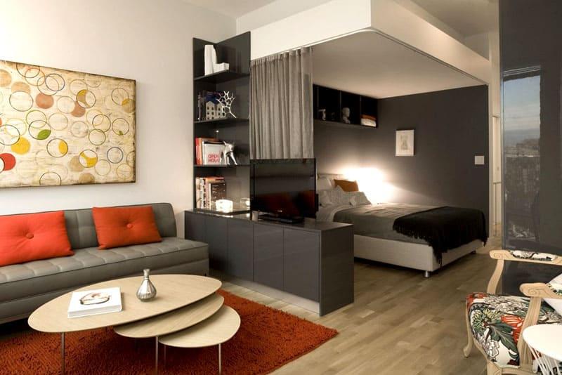 Спальная зона превращается в уютный уголок