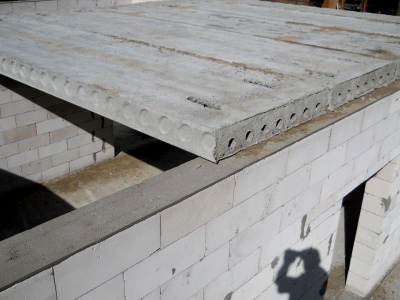 Монтаж одного этажа перекрытий из плит выполняется в течение нескольких часов