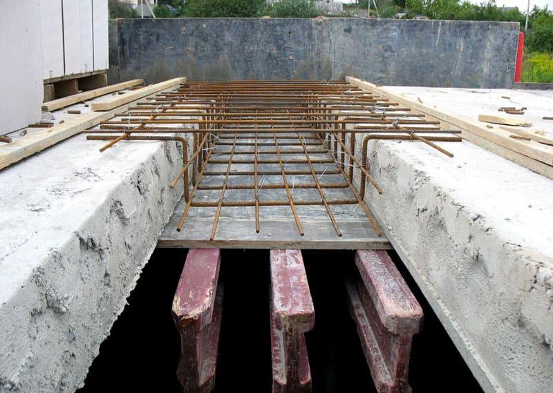 Для повышения класса прочности используется напряженная арматура из термопрочной стали ВР-2
