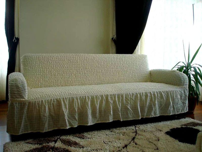 Бывает и универсальное решение проблемы – еврочехол (евронакидка), который выпускается для любых диванных конструкций