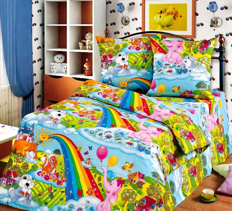 Детское постельное белье имеет размеры: 120×60 (с резинкой), 120×180, 110×150 см