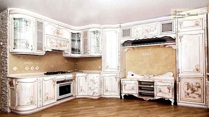 Мебельный гарнитур из хорошего дерева должен обладать яркостью и вычурностью с изогнутыми линиями, овалами, выпуклостями
